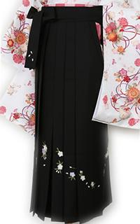 黒八重桜刺しゅう